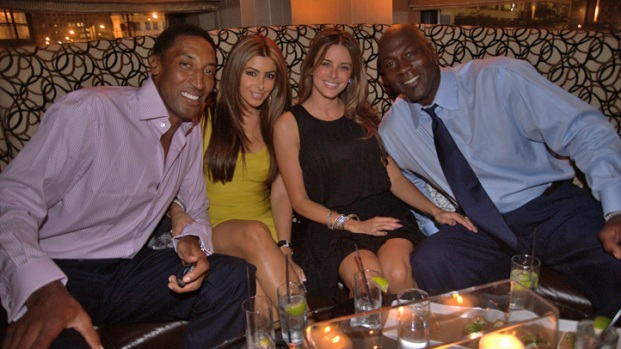 PHOTOS: Michael Jordan Christens New Steak House