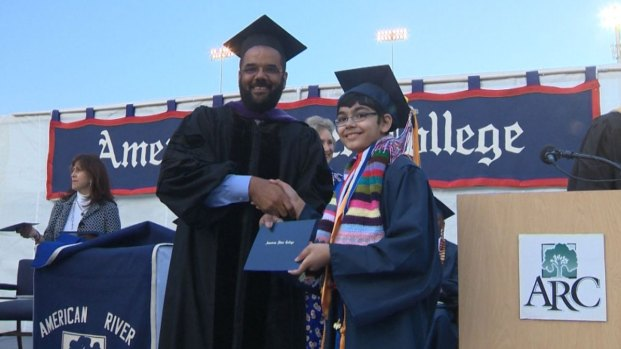 [NATL] 11-Year-Old Graduates College, Plans to Become a Doctor