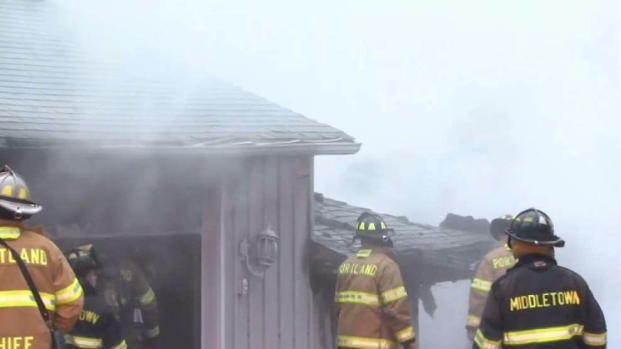 [HAR] Several Crews Battle Portland Fire