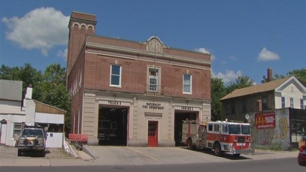 [HAR] Firefighters Battle Fleas