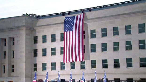 [DC] 9/11 Flag Unfurled at Pentagon