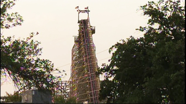 [DFW] Woman Dies Riding Roller Coaster at Six Flags
