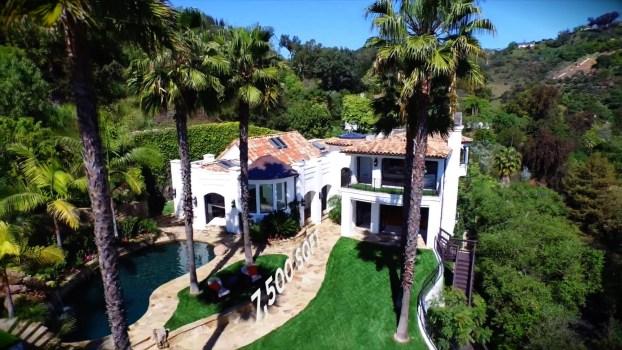 A LA Dream Home with Amazing City Views