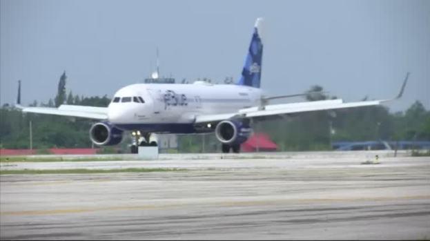 [NATL]First U.S. Flight Since 1959 Lands in Cuba