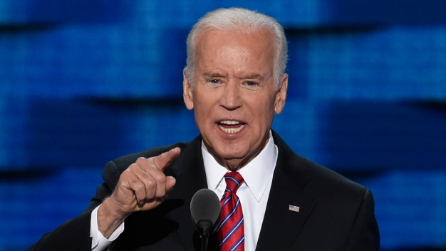 Obama, Biden Boost Clinton at Dem Convention