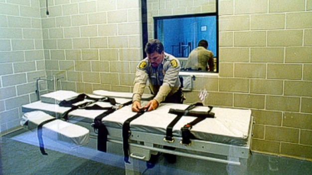 Inside the Botched Execution of Arizona Killer