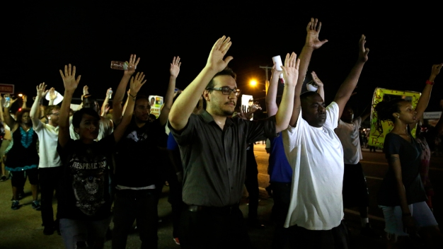 Flying Bottle Disrupts Peaceful Ferguson Protest, 47 Arrests