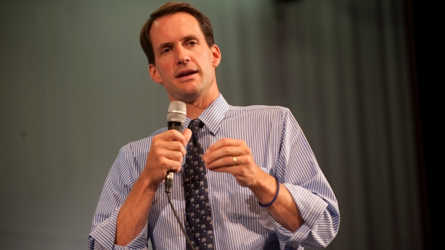 Himes Says He Supports Impeachment Inquiry Into President Trump