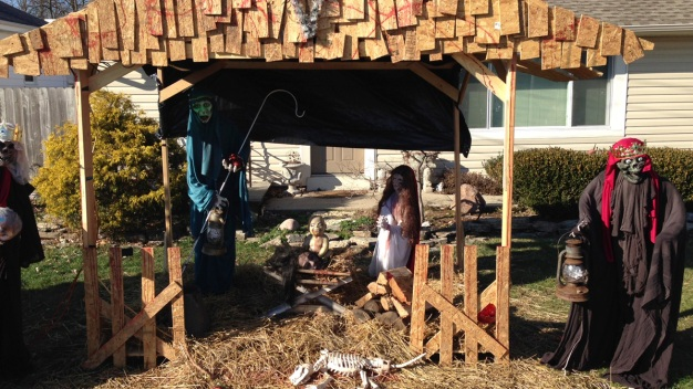 Controversial 'Zombie Nativity' Vandalized in Ohio