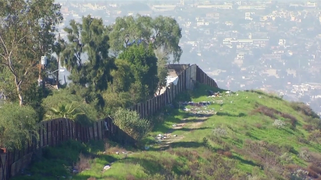 Construction Begins to Replace Border Wall in California