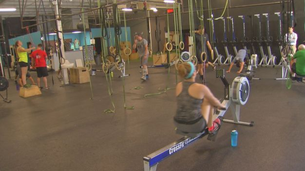 Fitness Fanatics Plan Workouts Around Scorching Temps