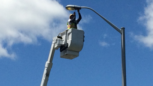 Connecticut DOT Switching to LED Street Lights