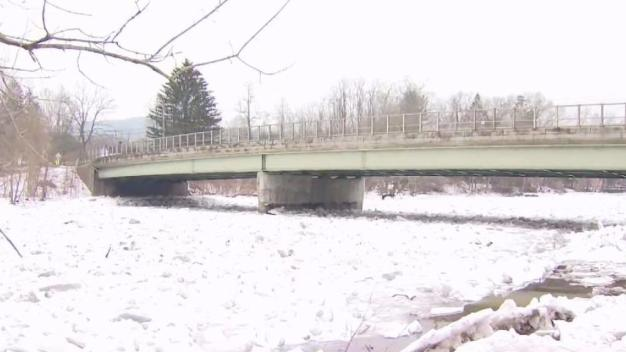 Warmer Temperatures Begin to Thaw Kent Ice Jam