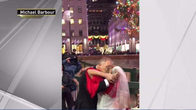 NJ Couple Weds at 30 Rock Christmas Tree