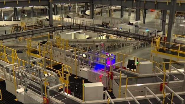 New FedEx Facility in Middletown to Create Hundreds of Jobs