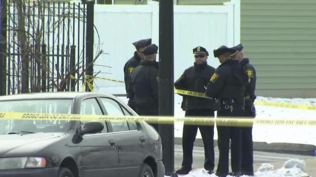 Police Investigate Deadly Shooting in Hartford
