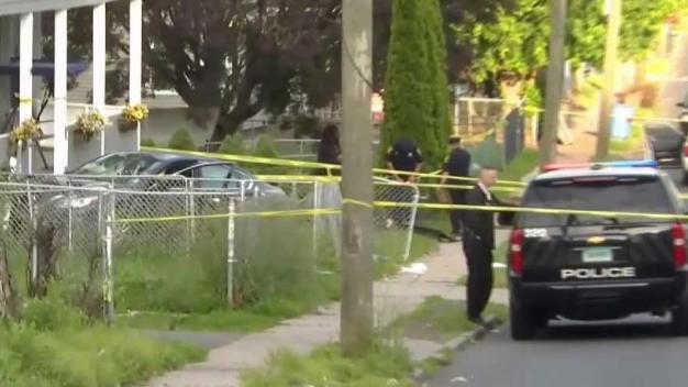 Shooting Victim Dead After Crash in Hartford