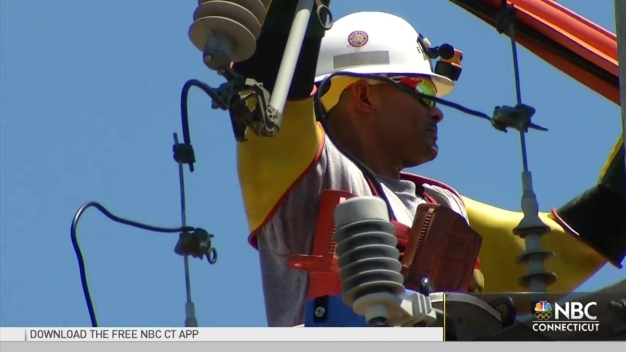 Summer Storms 2016: How Power Companies Prepare