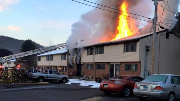 Crews Battling fire in Naugatuck