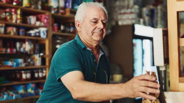Poll: 1 in 4 Don't Plan to Retire Despite Realities of Aging}