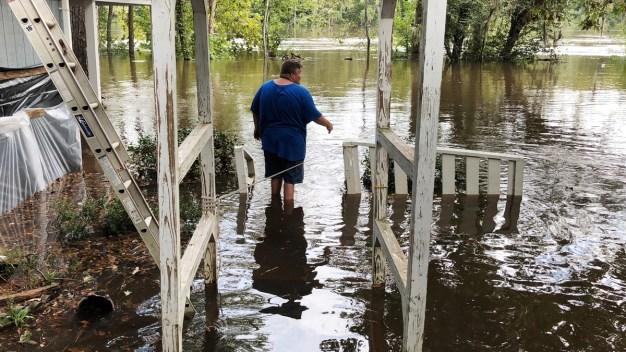 Florence Flooding Slowly Envelops South Carolina Homes