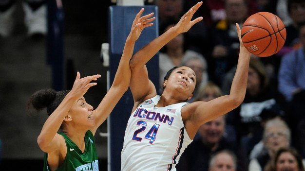 No. 1 UConn Women Routs Tulane 100-56