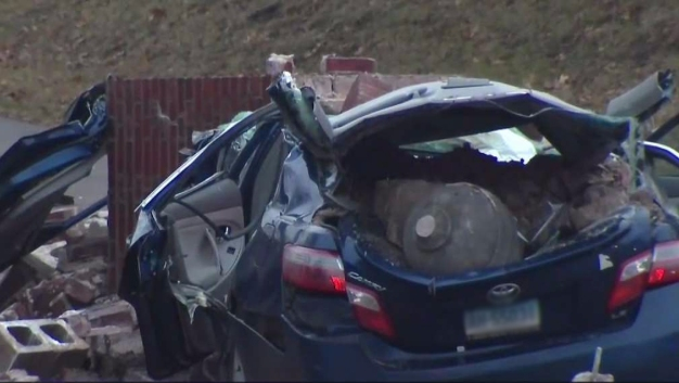 1 Critical After Car Hits Pillar on Summit St in Hartford