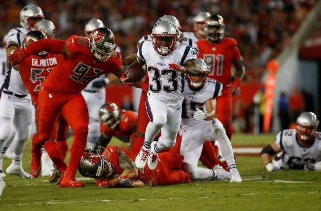 Pats Hang on to Beat Buccaneers 19-14