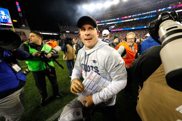 Josh McDaniels to Remain With Patriots