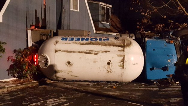 Residents in Bethany Evacuate After Propane Tank Rollover