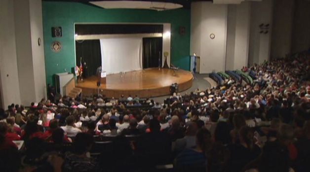 [HAR] Hartford Public School Teachers Welcomed Back