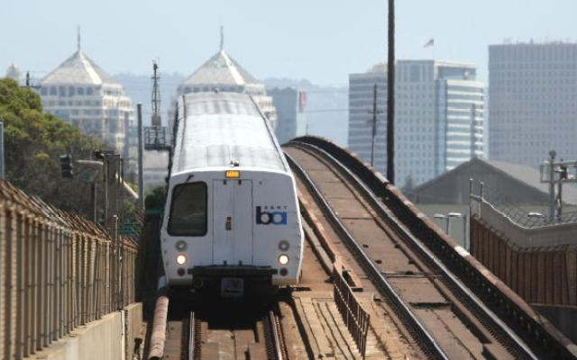 A Bay Area Rapid Transit (BART) train moves towards San Francisco August 14, 2009 in Oakland, California.