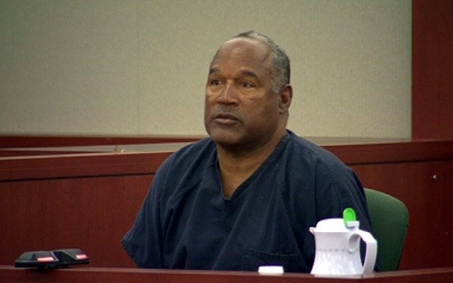O.J. Simpson appears on the stand an evidentiary hearing in Clark County District Court on May 15, 2013 in Las Vegas.