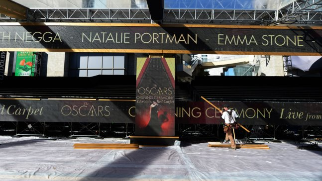 How Stars Spend a Month Getting Ready for Oscars' Red Carpet