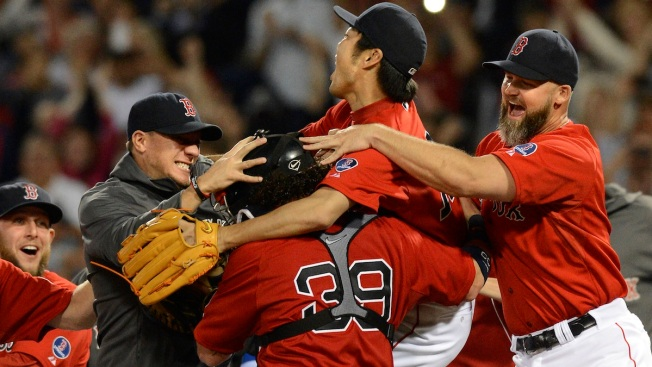 Red Sox Defeat Blue Jays for AL East Title
