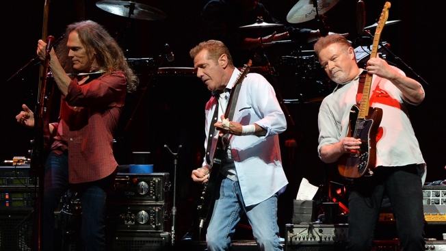 'Thriller' Killer: Eagles' Greatest Hits Jumps to No. 1 Album of All-Time