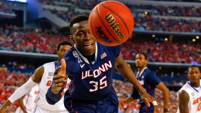 Brimah Scores 40 in Win