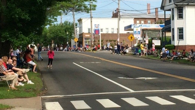 Many Memorial Day Parades Continue as Scheduled Despite Weather