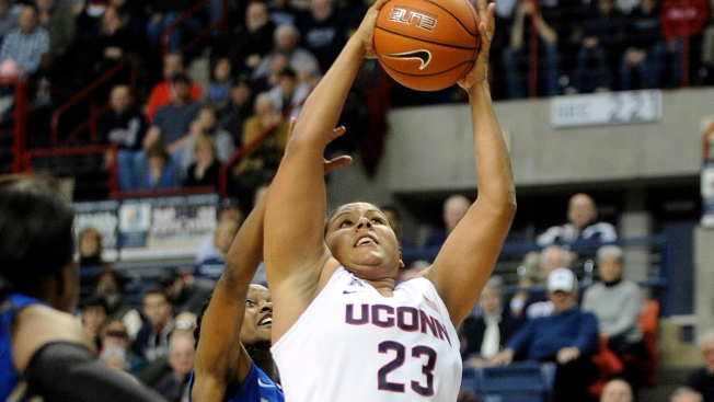 UConn Wins American Athletic Conference Championship on Senior Day