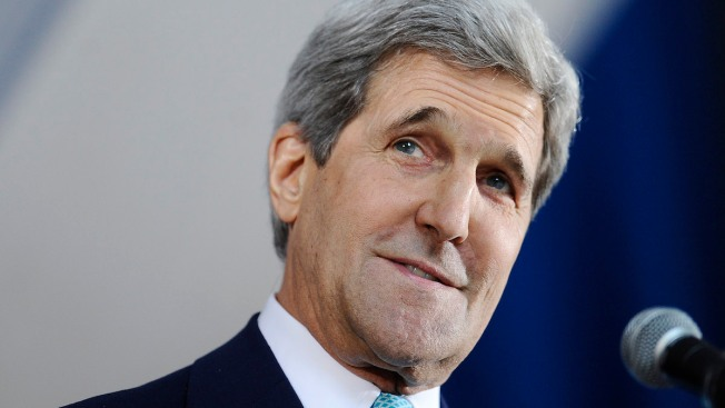 John Kerry Slams Sterling During Yale Class Day