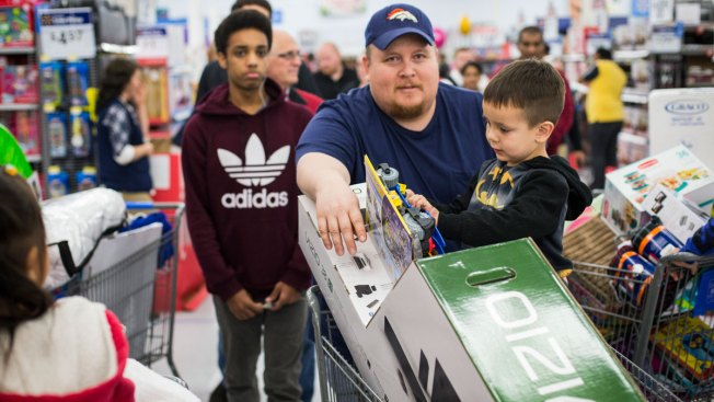 Stores Try to Cater to Savvier Customers on Black Friday