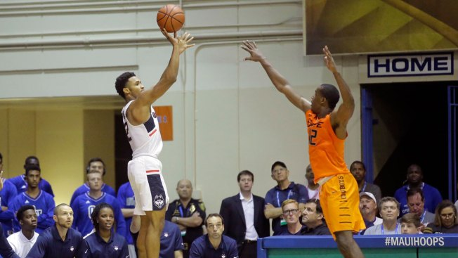 UConn Survives for Win Over Chaminade in Maui