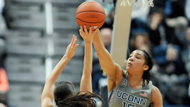 UConn Still No. 1 in AP Women's Hoops Poll