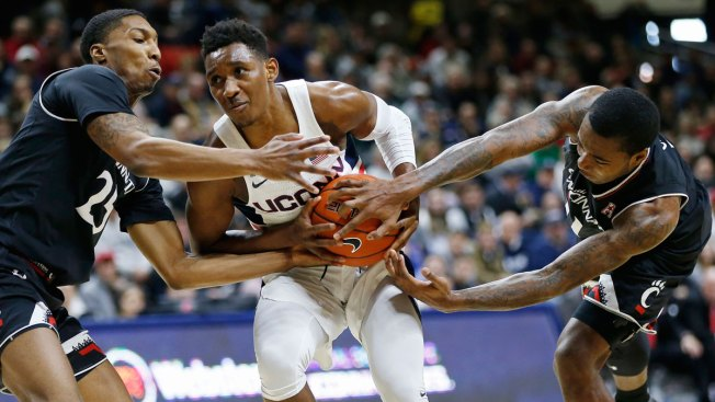 UConn Dominated by Cincinnati in Regular Season Finale