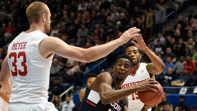 UConn Knocks off Houston 74-63 in AAC Quarters