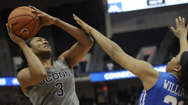 UConn Wins 49th Straight Game, 95-35 Over Tulsa