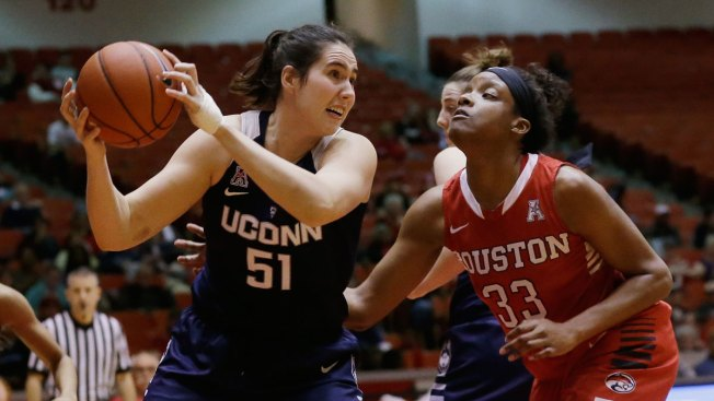 UConn Overcomes Slow Start for 50th Straight Win