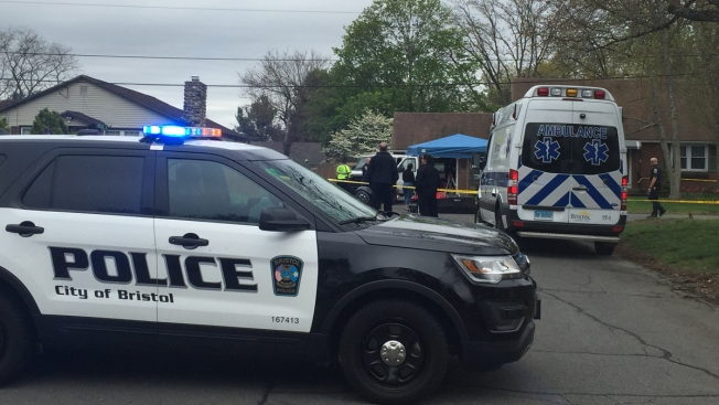 Dad hit, killed toddler while moving car in driveway
