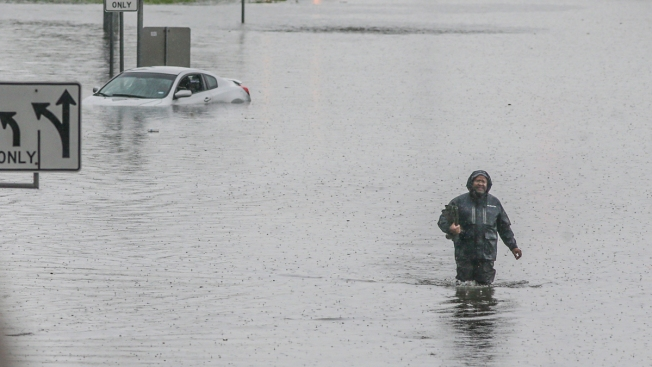 [NATL] Extreme Weather Photos: Imelda Dumps Over 40 Inches of Rain on Southeast Texas