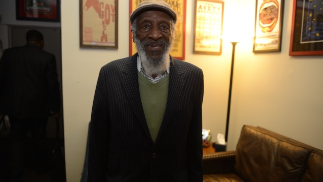 'Groundbreaker in Comedy, Voice for Justice': Stars React to Death of Dick Gregory